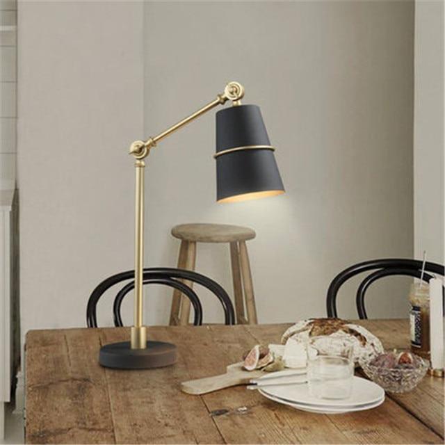 Postmodern Creativo Nordic Lampada Da Scrivania Soggiorno Camera Da ...