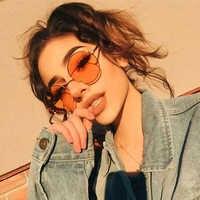GUVIVI di Modo Nuovo 2018 Occhiali Da Sole Rotondi Dell'annata Delle Donne Struttura In Metallo Rosa Giallo Lens Colorful Ombra Occhiali Da Sole UV400
