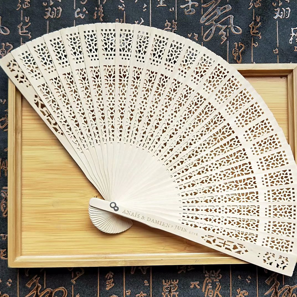 50Pcs Chinese Folding Hand Fan Wedding Personalized Wedding Gifts For Guests With Organza Bag Customized Bride