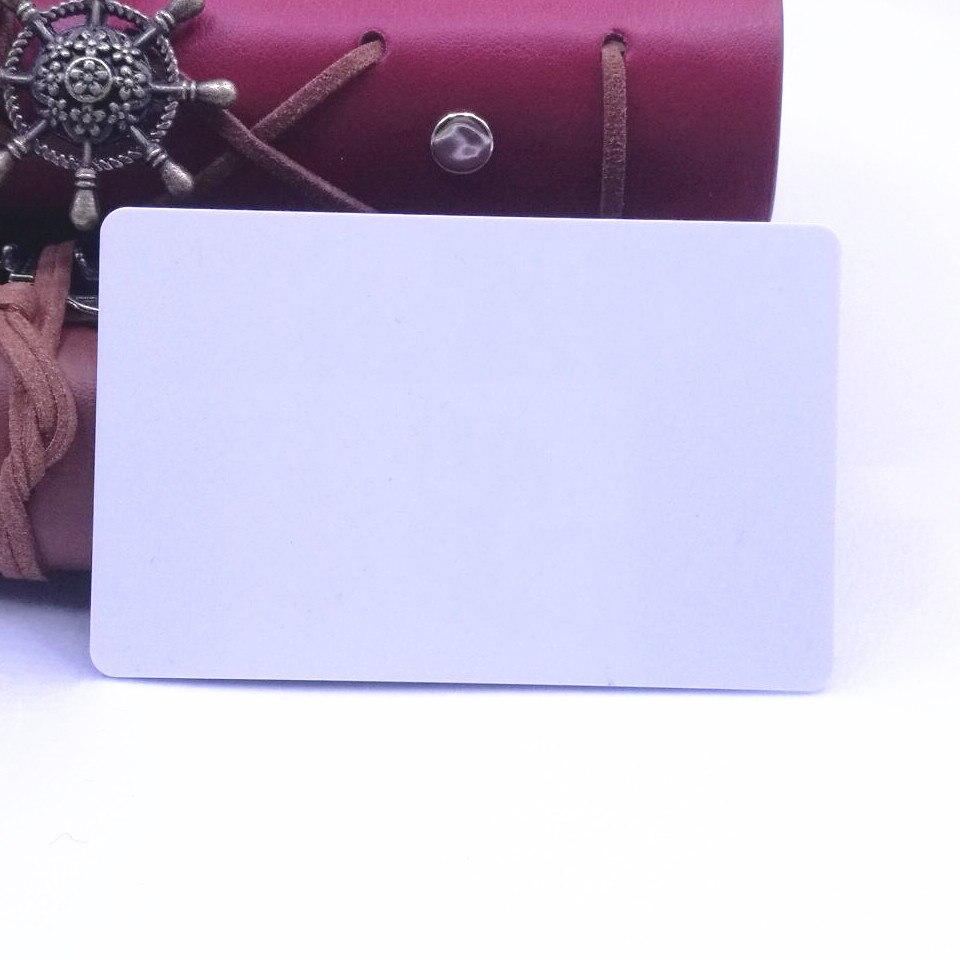 Hohe qualität Leere weiße Kunststoff visitenkarte in 30mil CR80 größe für ID karte Drucker