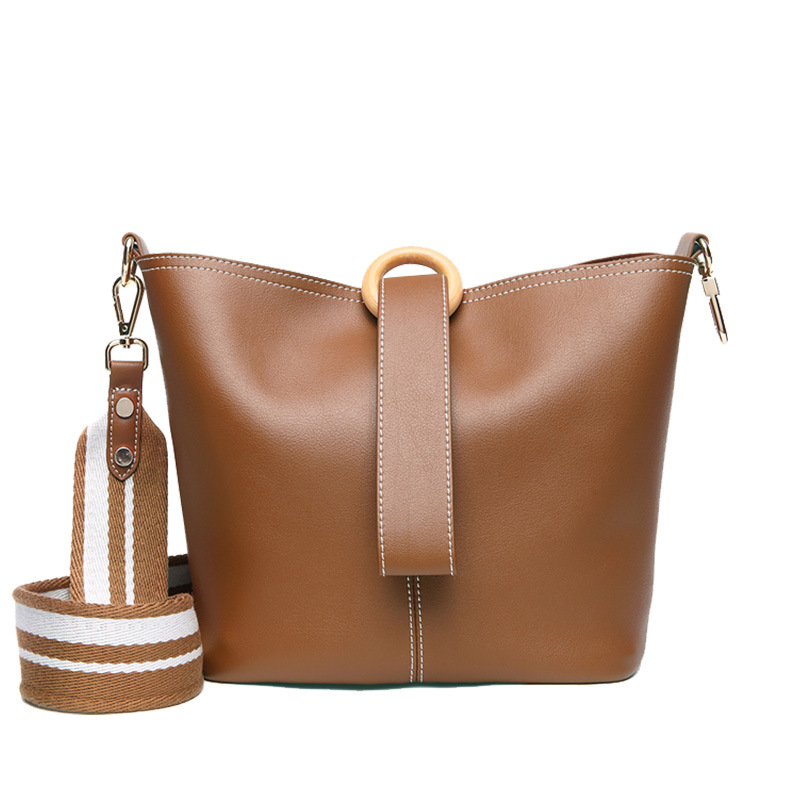 LOEIL Diagonal portable bucket bag leather simple large capacity single shoulder wide shoulder strap bag female gorden yi de luxury brand designer bucket bag women leather wide strap shoulder bag handbag large capacity crossbody bag color 8