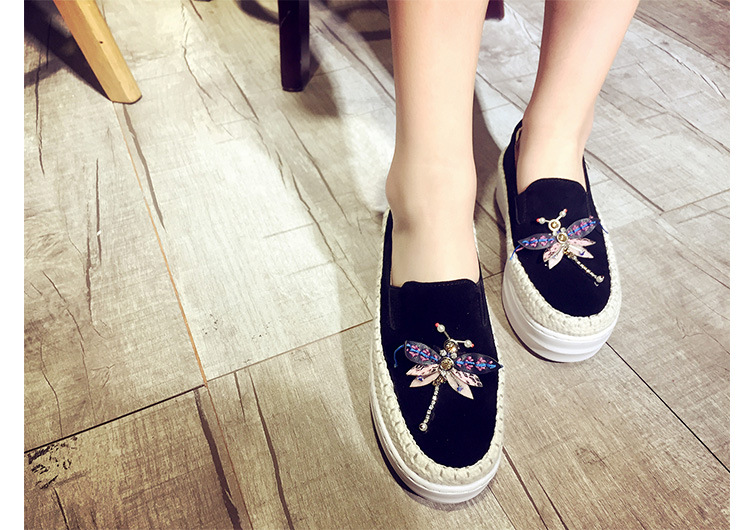 Big Size Women Platform Loafers Crystal Genuine Leather High Quality Pointed Toe Flats Shoes For Women Slipony Women Rhinestone  (9)