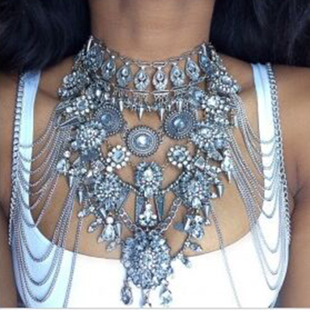Dvacaman Brand 2017 Exaggerated Crystal Statement Necklace Women Hot Sexy Body Jewelry Accessory Chokers Collar Bijoux Femme Q27