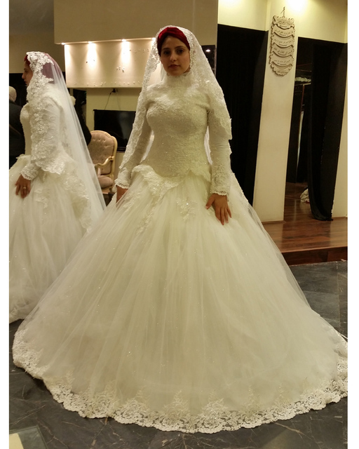 High Neck Real Picture Muslim Wedding Gowns Hijab Long Sleeve Arabic Dresses Lace Ball