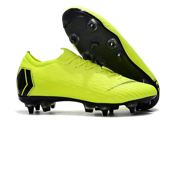 Wholesale new 2019 zuer VP SG Football boots Metal Latches Screws Soccer Shoes