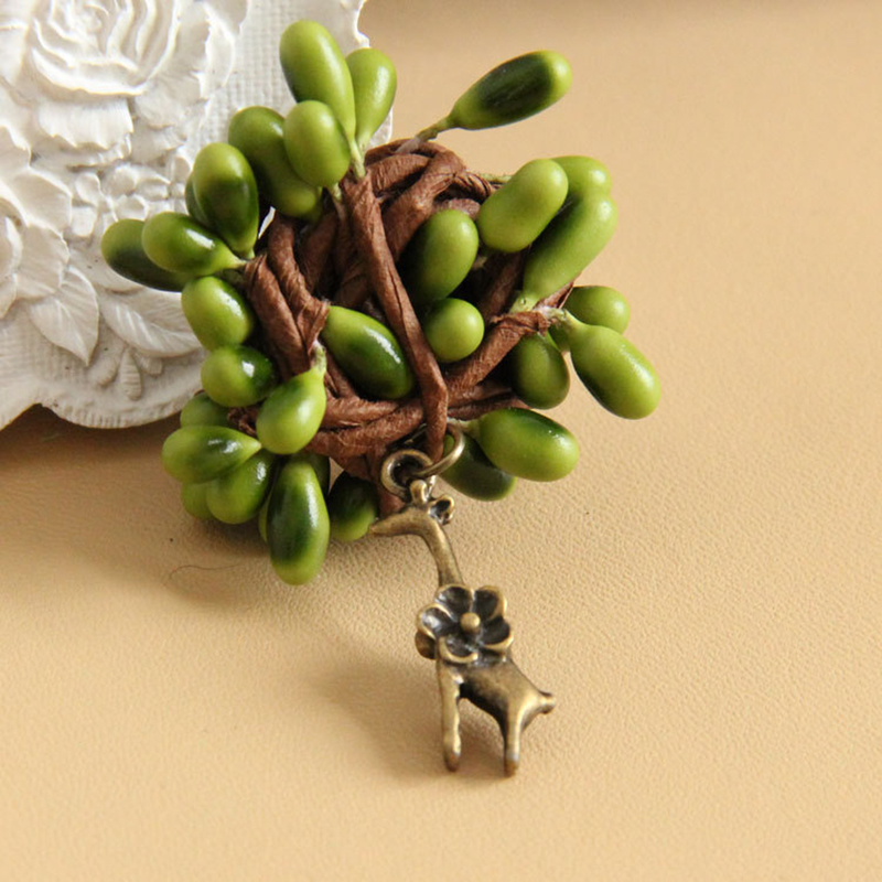 3d Handmade Imitation Rattan Badge With Deer Charm Fashion Brooch Pin Women Accessory For Dress Sweater Coat Hat Bag Moderate Cost Home & Garden