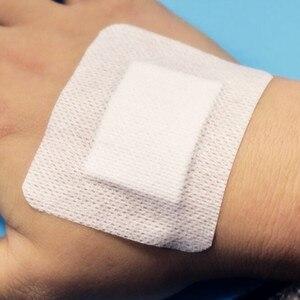 Image 2 - 10 adet 7cmX9cm büyük boy hipoalerjenik olmayan dokuma tıbbi yapışkan yara pansuman malzemesi bant yardım bandajı büyük yara ilk yardım açık