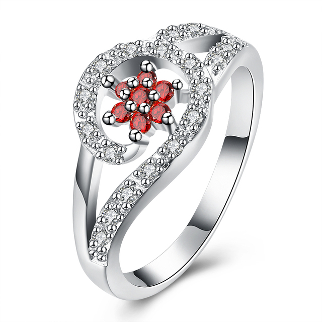 Hot Sale Exquisite Flower Shaped Garnet Wave Shaped White Crystal