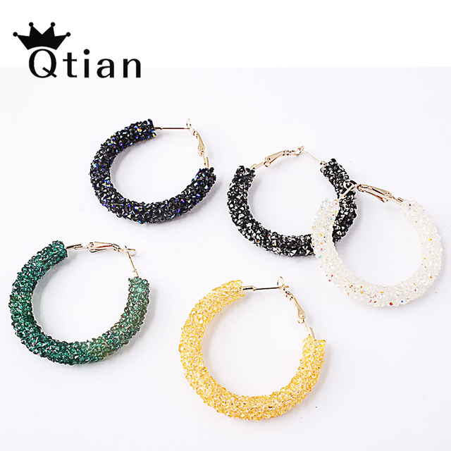 Qtian Fashion Brand New Design Charm Round Shiny Rhinestone Big Hoop Earrings for Women Simple Geometric Austrian Crystal