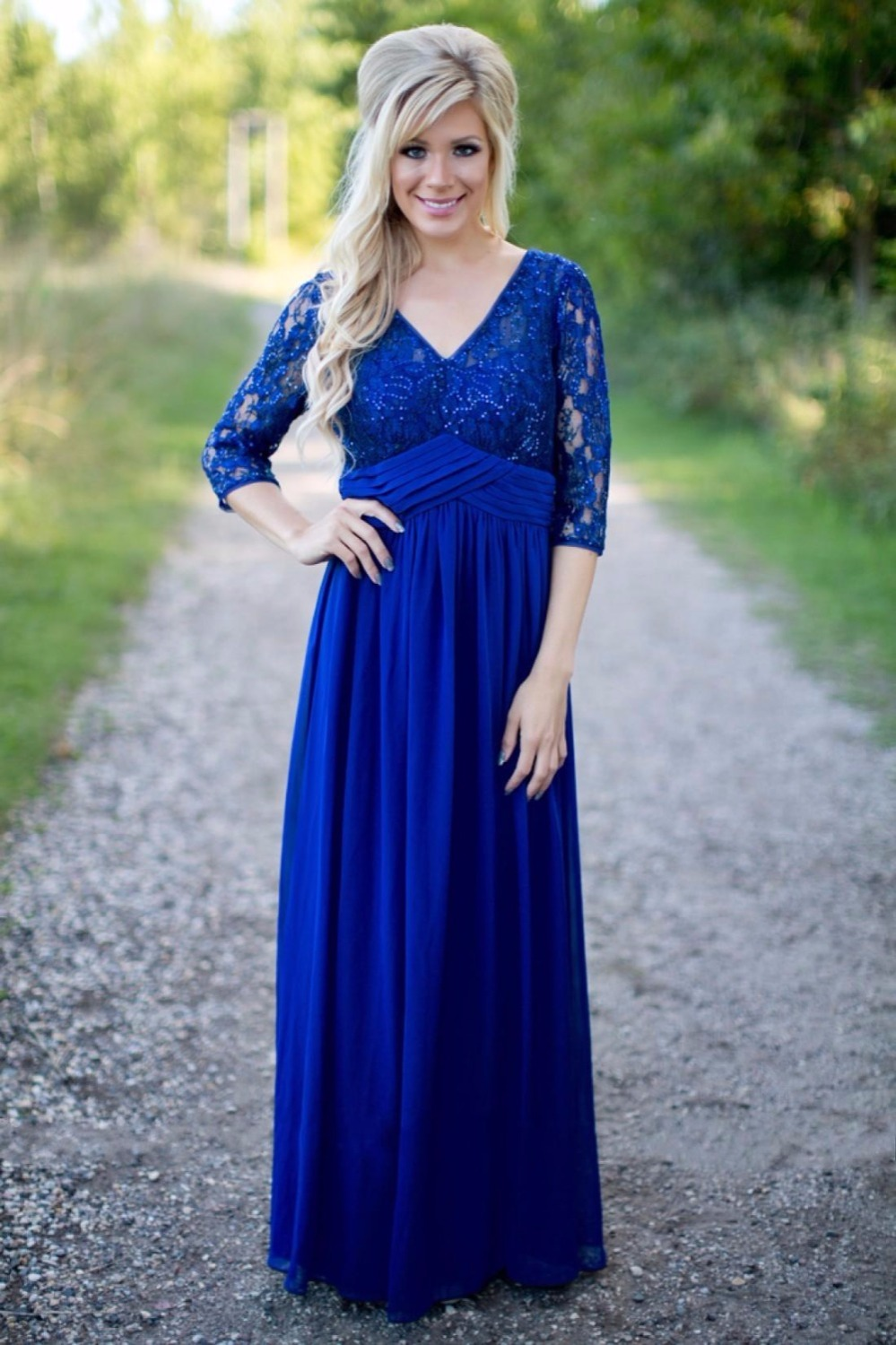 dad599bda5 Country Royal Blue Long Modest Bridesmaid Dresses With Sleeves V Neck Lace  Top Chiffon Skirt Rustic Formal Bridesmaid Robes New