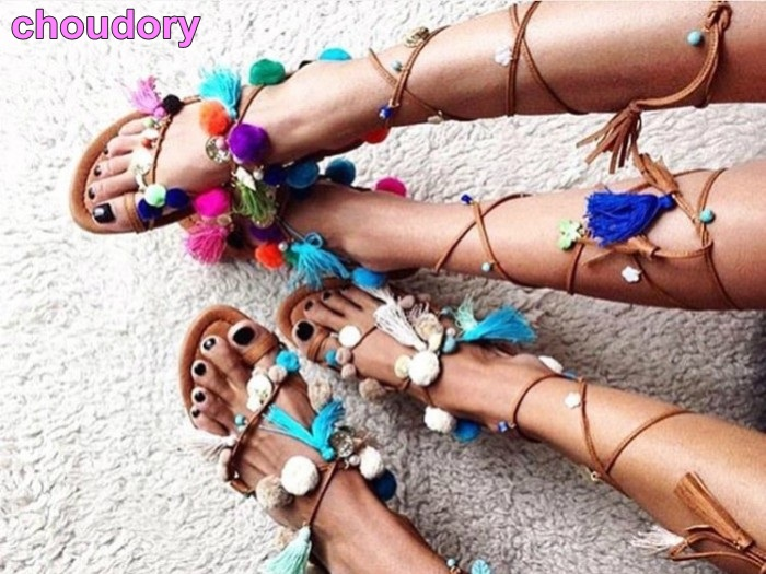 Bohemia tassel lace up women sandals flat with Calf cross strappy pom pom sandals Bead hairball cut-outs clip toe footwear цена 2017