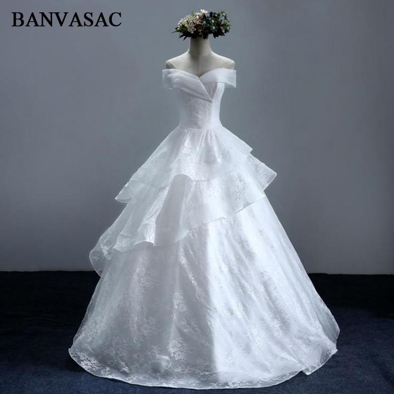 BANVASAC 2017 Nya Eleganta Broderi V Nacka Bröllopsklänningar Kortärmad Satin Vintage Lace Brudklänning