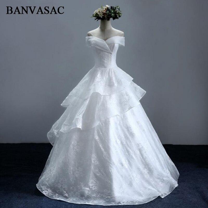 BANVASAC 2017 Νέο κομψό κέντημα V λαιμό φορέματα νυφικά Σύντομη μανίκι σατέν Vintage δαντέλες νυφικό μπάλα