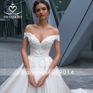 Image 3 - Vintage con cuentas de encaje apliques para vestido de novia sin hombros A Line vestido de novia princesa Court Train Swanskirt F125 vestido de novia