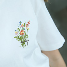 Tee Top Little Flower Emboridered Fresh Basic Loose Casual Short Sleeve Female