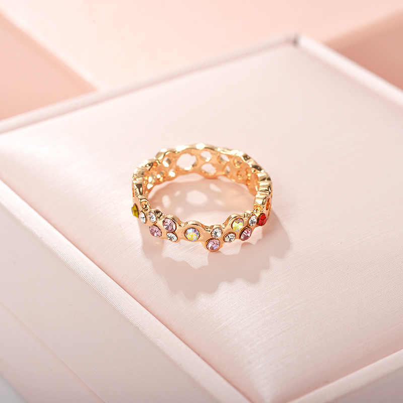 New hot jewelry fashion temperament rose gold crystal ring circle hollow ring
