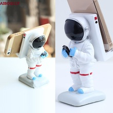 Resin Crafts Decoration Originality Cartoon Handphone Bracket Dawdler Mobile Phone Seat Astronaut Pendulum Jewelry