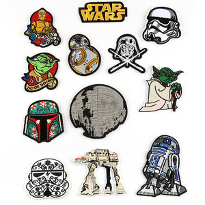 12 sztuk/zestaw gwiazda kreskówki Wars Yoda szturmowiec BB8 Robot żelazko na ścierka haftowana ubrania łatka na odzież dziewczyny chłopcy