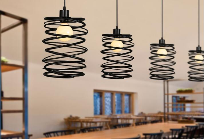 где купить American village iron spring Pendant Lights simple modern bar restaurant lamp bedroom lamp living room lamps art ZL252 LU717103 по лучшей цене