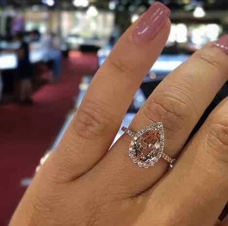 ขายร้อนผู้หญิง Zircon ฝังเจ้าสาวหมั้นเครื่องประดับแหวนผู้หญิงแหวน