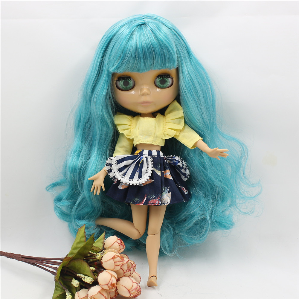Neo Blythe Doll with Turquoise Hair, Tan Skin, Shiny Face & Jointed Body 4