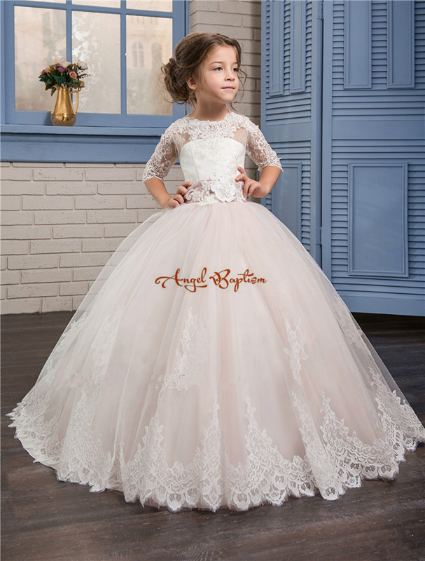 2018 bow Flower Girl Dresses for Weddings half Lace Sleeve Girls Pageant Dresses First Communion Dress Little Girls Ball Gowns 2017 new flower girls dresses for weddings jewel lace appliques princess girls pageant dress first communion dress