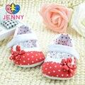 ДЖЕННИ дети новорожденных девочек розовый цвет dot цветок кулак ходунки ребенок дети мягкой подошвой обувь для ребенка 0-1 лет старый