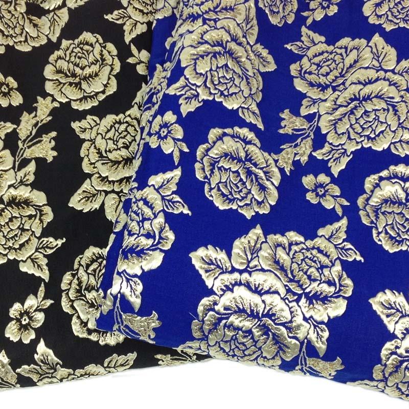 1Yad Svart Metallic Jacquard Brocade Rose Tyg för Klänning, Bredd 140cm, Vinter Tissue Coat Jacka Sy Material Tyg Tecido