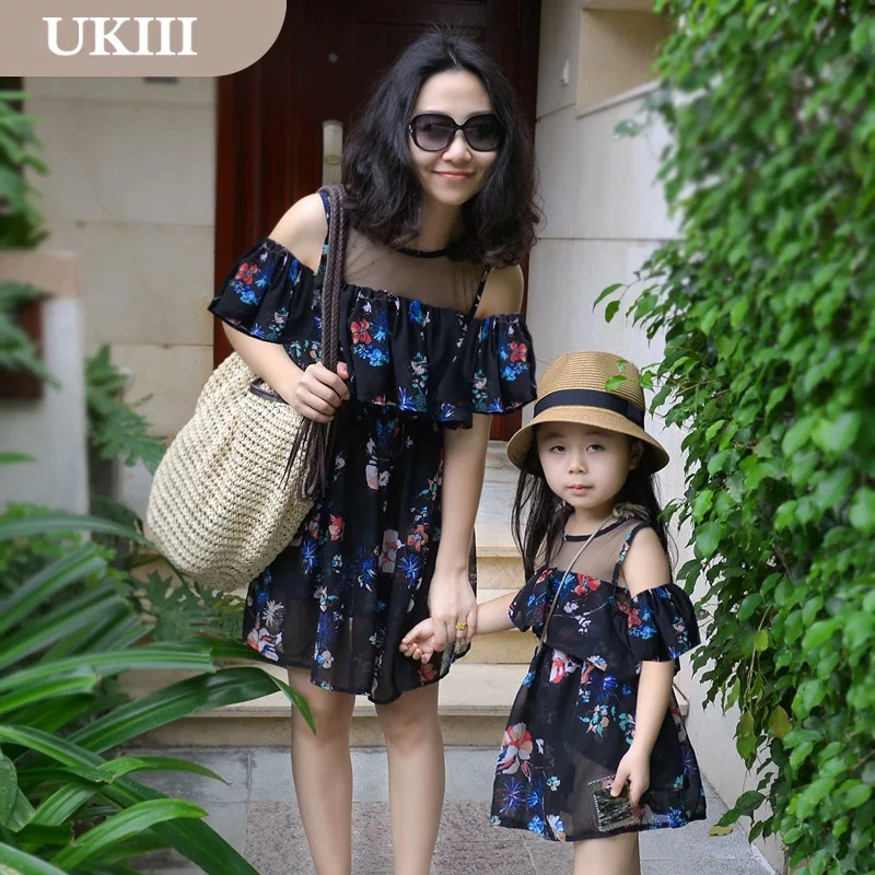 girl casual vacation women holiday dress black floral strapless Sleeve  mother and daughter beach dresses Family matching clothes-in Family  Matching Outfits ... 4ce55a84c729