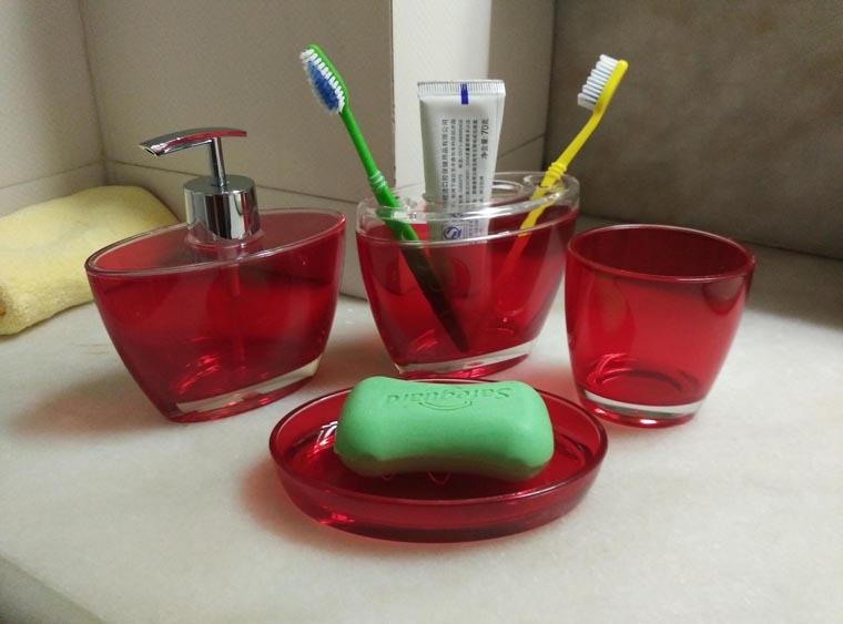 fashion bathroom fourpiece set red highgrade bathroom decoration wash accessories sets soap
