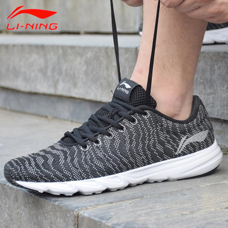 Li Ning Men s 2018 BLAST Light Running Shoes Breathable Textile Sneakers Comfort LiNing Sports Shoes