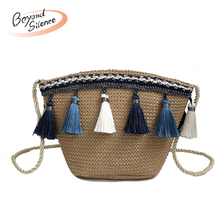 2019 Female Straw Bag Bohemia Style Beach Bag Handmade Rattan Shoulder Bag with Tassel Fashion Crossbody Bags for Women