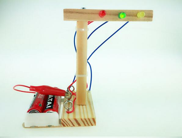 DIY Traffic Light Wood Science Experiment Suit Technology Inventions Handmade Kids Education Toys