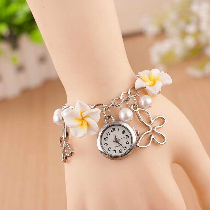 2017 Neu Design Mode Frauen Armband Uhr Damen Mädchen Bunte Ton Blume Quarz Armbanduhren Uhren Mujer