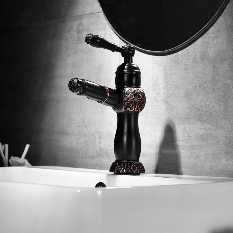 Bathroom Basin Faucet Black Brass Pull Out Faucet Carved Vintage Kitchen Sink Mixer Tap Single Handle Washbasin Bronze TorneirasBathroom Basin Faucet Black Brass Pull Out Faucet Carved Vintage Kitchen Sink Mixer Tap Single Handle Washbasin Bronze Torneiras