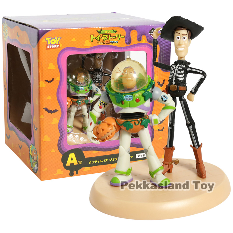 Toy Story TRICK OR TOYS! Woody & Buzz Lightyear PVC Figure