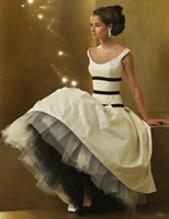 Sexy New Cap Sleeve A Line White And Black Wedding Dresses Taffeta Floor Length Bridal Gowns
