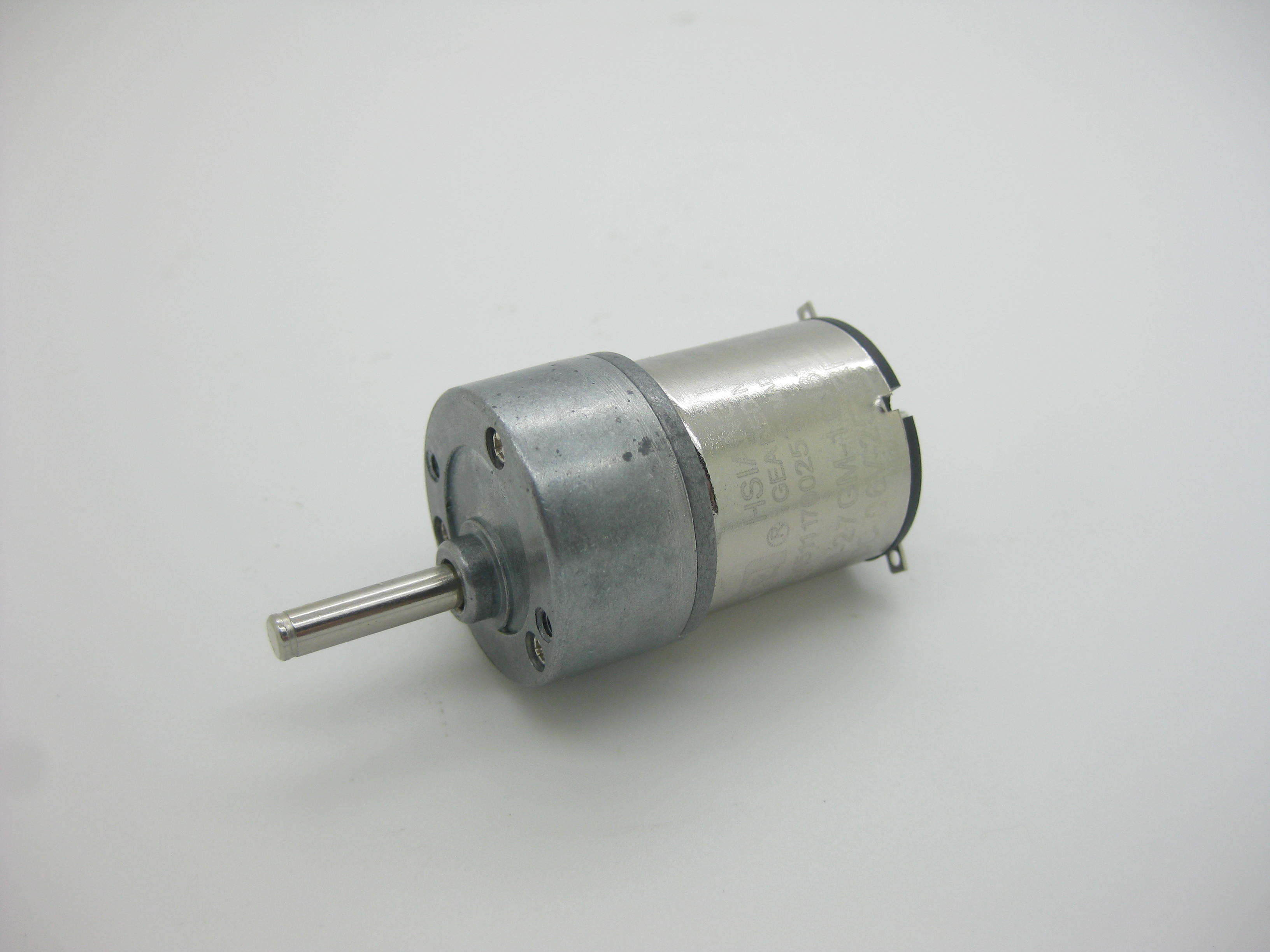 цена на Cleaner motor for IRobot Braava 380 380t 381 320 mint 5200c 5200 4200 4215 Wheel Motors Vacuum Cleaner Parts