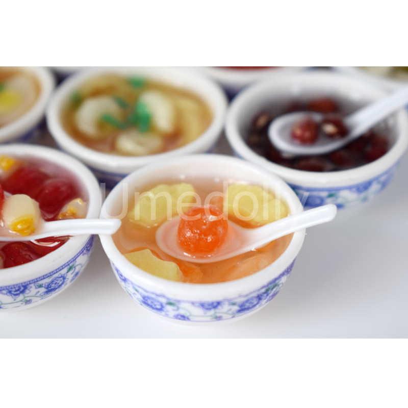 Macarrão Tigela Xarope 2 PCS 1:12 casa de Bonecas Em Miniatura Mini Cozinha Fingir Jogar Comida Chinesa para Blyth Barbies Brinquedo De Cozinha Casa de Bonecas