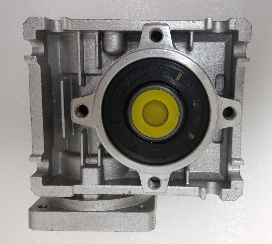 NMRV040 86mm Worm gear reducer Reduction ratio 5:1 to 100:1 input 14mm shaft for NEMA34 stepper motor