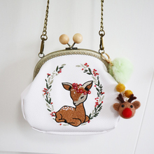 New Arrival Embroidery Deer Animal Diamonds Flower Wood Ball Hasp PU Handmade Wool Felt Women Messenger Crossbody Shoulder Bag