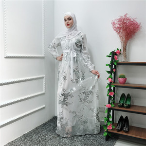 Image 2 - הרמדאן נצנצים תחרה העבאיה דובאי טורקיה האיסלאם המוסלמי חיג אב שמלת קפטן Abayas לנשים Jilbab קפטן בגדים קטאר Elbise Robe