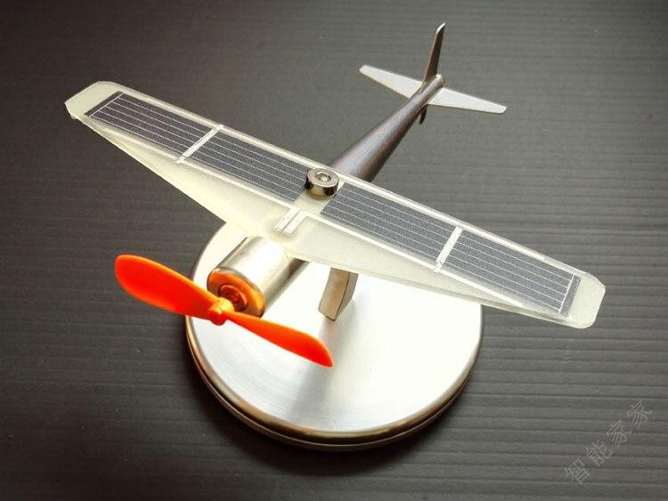 solar toy metal solar plane model Physics science toys new phoenix 11207 b777 300er pk gii 1 400 skyteam aviation indonesia commercial jetliners plane model hobby
