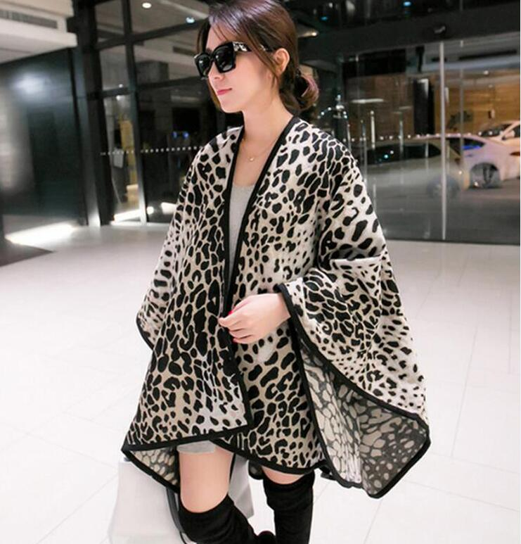 Модное женское зимнее одеяло, шаль с леопардовым принтом, плотные пончо, 3 цвета, 153*130 см, 500 грамм - Цвет: beige