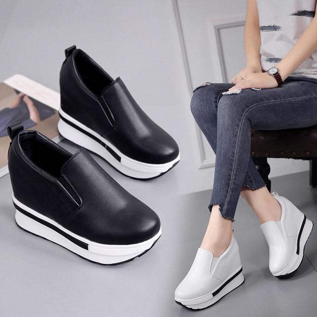 Phụ nữ của Phẳng Giày Mùa Đông Mới Thời Trang Giày Phẳng Rắn Hoang Dã Vòng Toe Nữ Giày Thường Vòng Giày Toe zapatos mujer 2018
