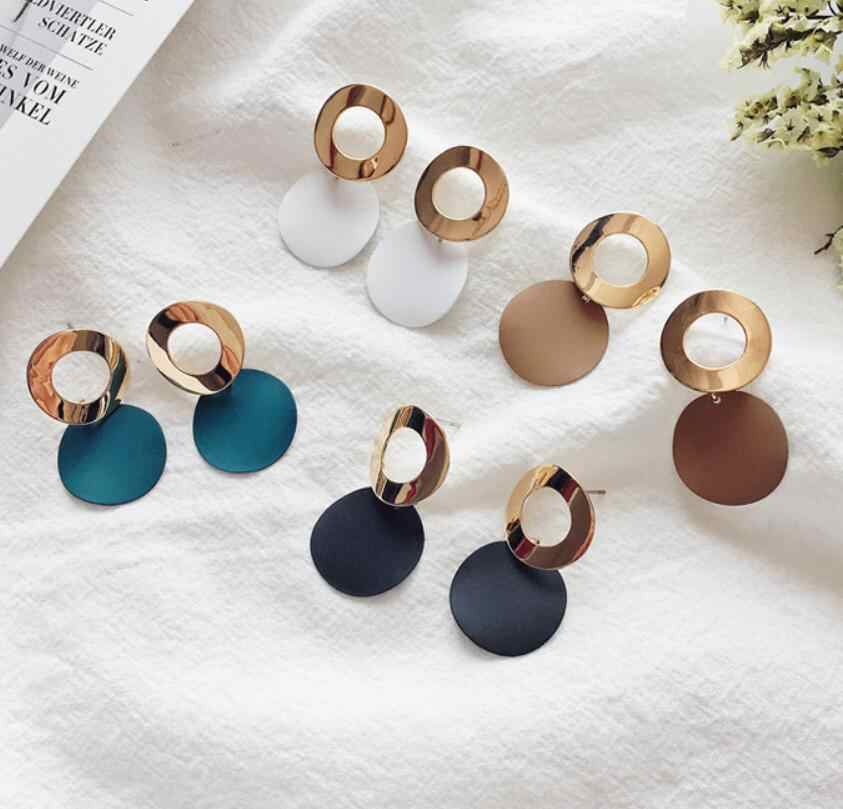 EK501 Hot Sale Simple Hollow Metal Round Pendant Earrings for Women Geometric Circle Dangle Earrings Jewelry Wholesale Orecchini