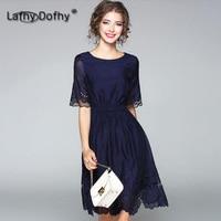 Летние женские платье новый стиль круглый вырез горловины Hollowed вышитые Платье с цветочным рисунком плотно отрегулировать талии одежда lafhy