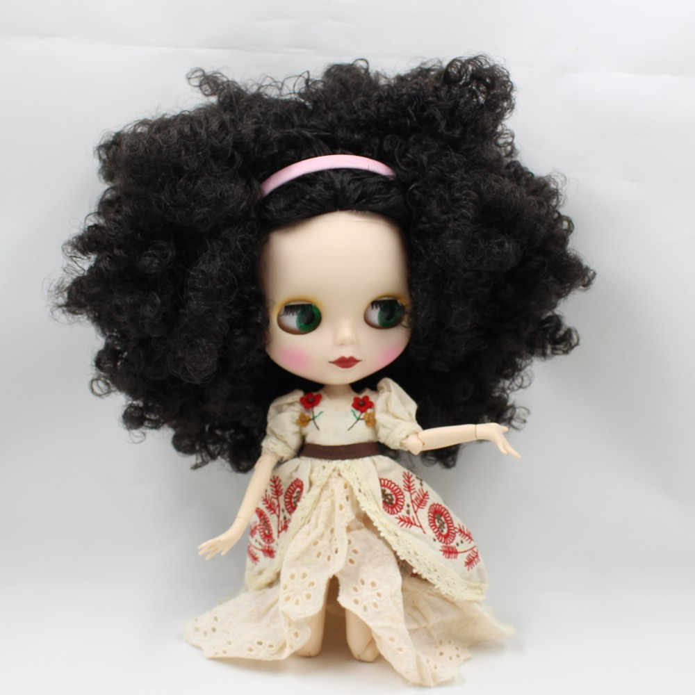 Neo Blythe Doll with Black Hair, White Skin, Matte Face & Jointed Body 4