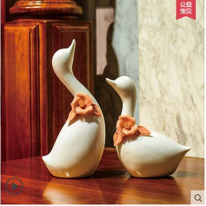 white ceramic Swan lovers home decor crafts room decoration ceramic ornament porcelain animal figurines wedding decorations in Figurines Miniatures from Home Garden
