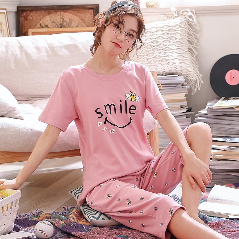 Sommer Cartoon Baumwolle Pyjamas Set Frauen Pyjamas Nachtwäsche Nachtwäsche Pijama Mujer Hause Tragen Plus größe Kalb-Länge Hosen Nightsuit